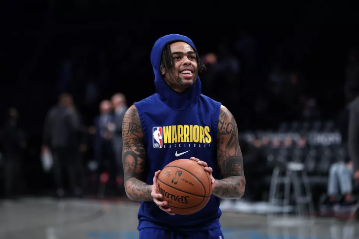 D'Angelo Russell contra Warriors