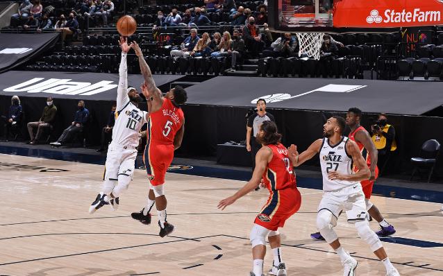 El 22 de enero, hora de Pekín, continuó la temporada regular de la NBA, el Jazz dio un vuelco cuando estaban 16 puntos atrás y finalmente derrotó a los Pelicans 129-118, logrando siete victorias consecutivas. Estadísticas: Jazz Mitchell 36 puntos, 7 rebotes y 5 asistencias, Conley 20 puntos y 6 asistencias, Clarkson 19 puntos; Pelicans Zion 27 puntos, Ingram 23 puntos, Adams 8 puntos y 16 rebotes.