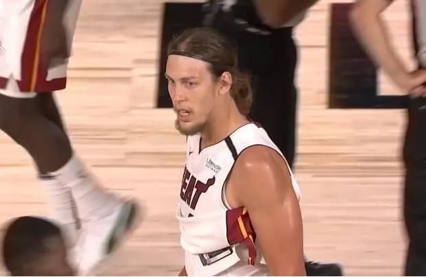 Los Nuggets vencieron a los Rockets